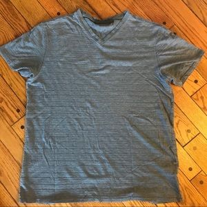 Men's - Large - Marc Anthony Textured V-Neck Tee